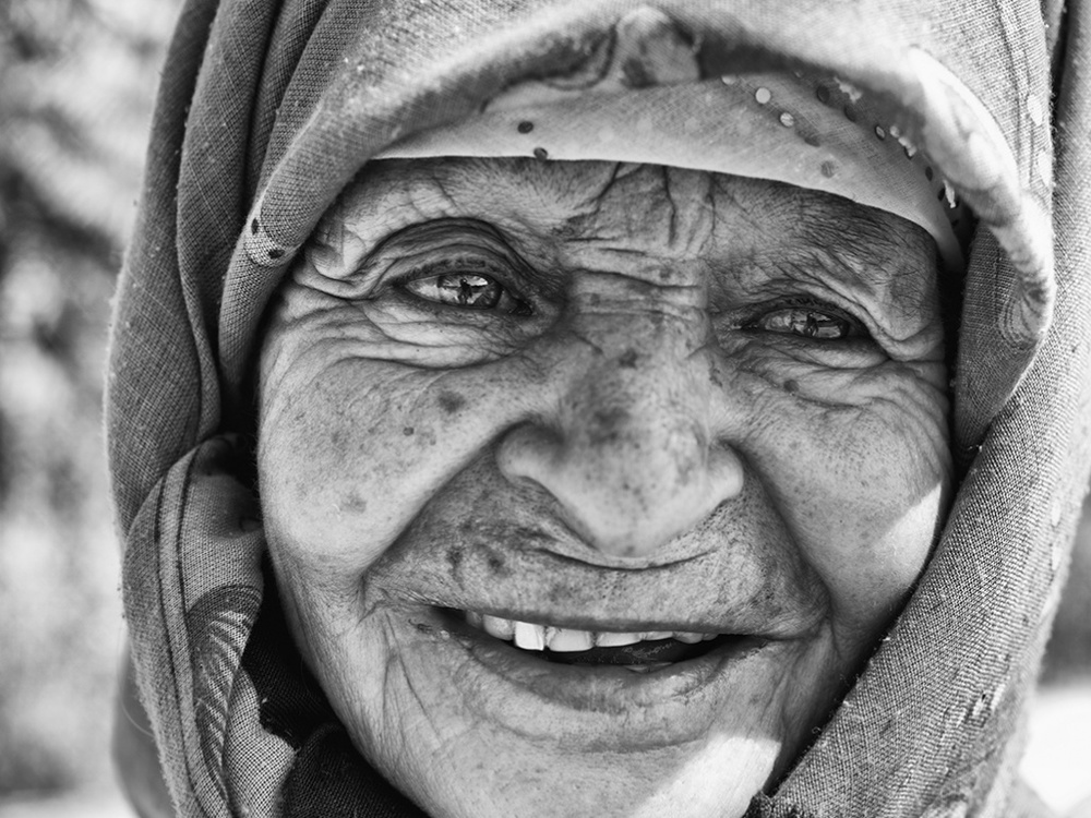 Застенчивость Фатимы ©Nikos Aliagas