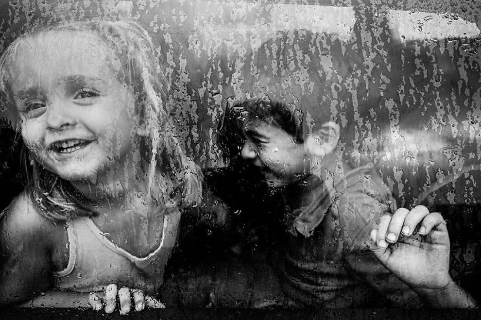"""Сестра и брат ©Charo Diez, Испания (2 место в категории """"Лайфстайл"""", вторая половина конкурса)"""