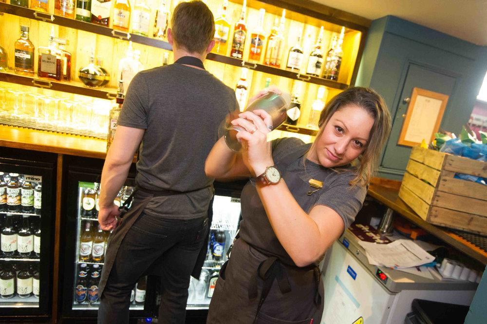 Snug Bar Bury St Edmunds Friday_MATTHEW POWER PHOTOGRAPHY027.JPG