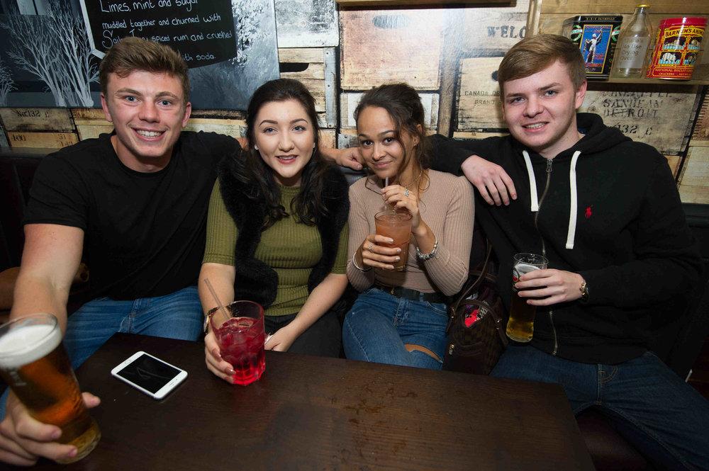Snug Bar Bury St Edmunds Friday_MATTHEW POWER PHOTOGRAPHY035.JPG