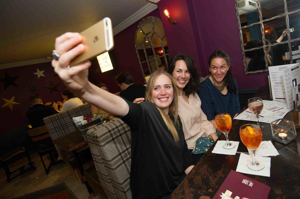 Snug Bar Bury St Edmunds Friday_MATTHEW POWER PHOTOGRAPHY087.JPG