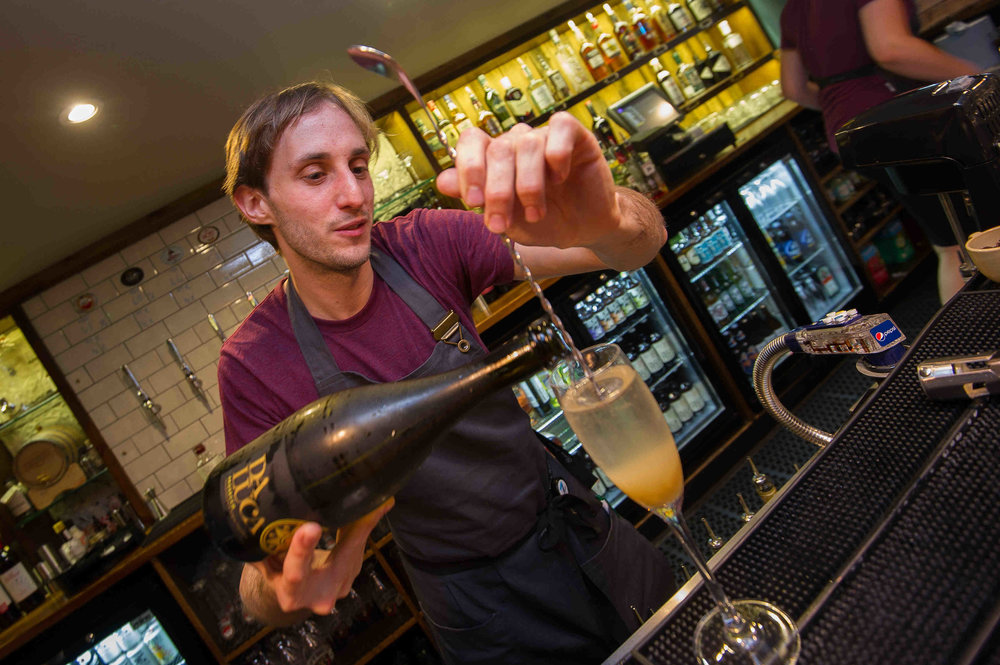 Snug Bar Bury St Edmunds_Thursday_MATTHEW POWER PHOTOGRAPHY025.JPG