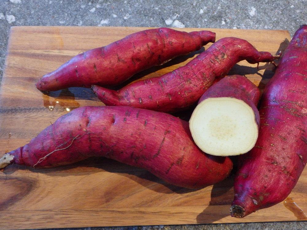 Murasaki - violette Schale, helles Fleisch