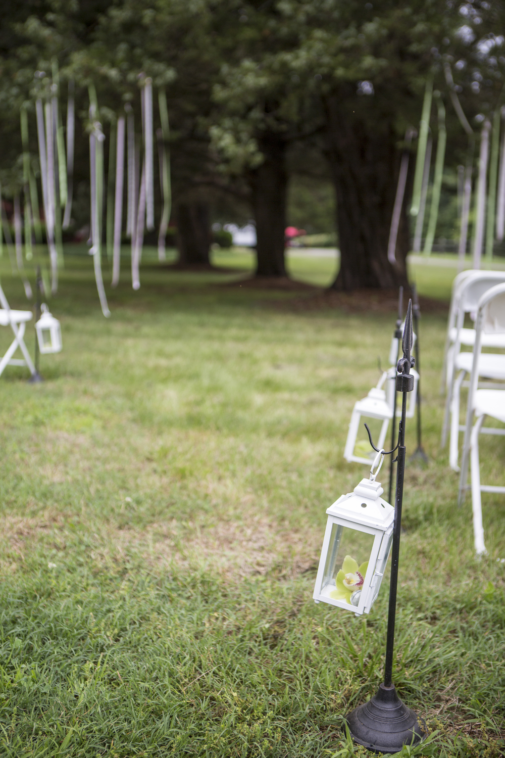 Outdoor wedding ceremonies offer so many decor and seating possibilities.