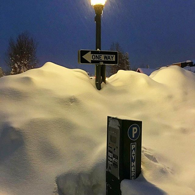37 inches in 3 days and it's still coming down! #Aspen #snowday #powpow #ski #enjoy #letitsnow #winterwonderland ❄️❄️❄️❄️❄️