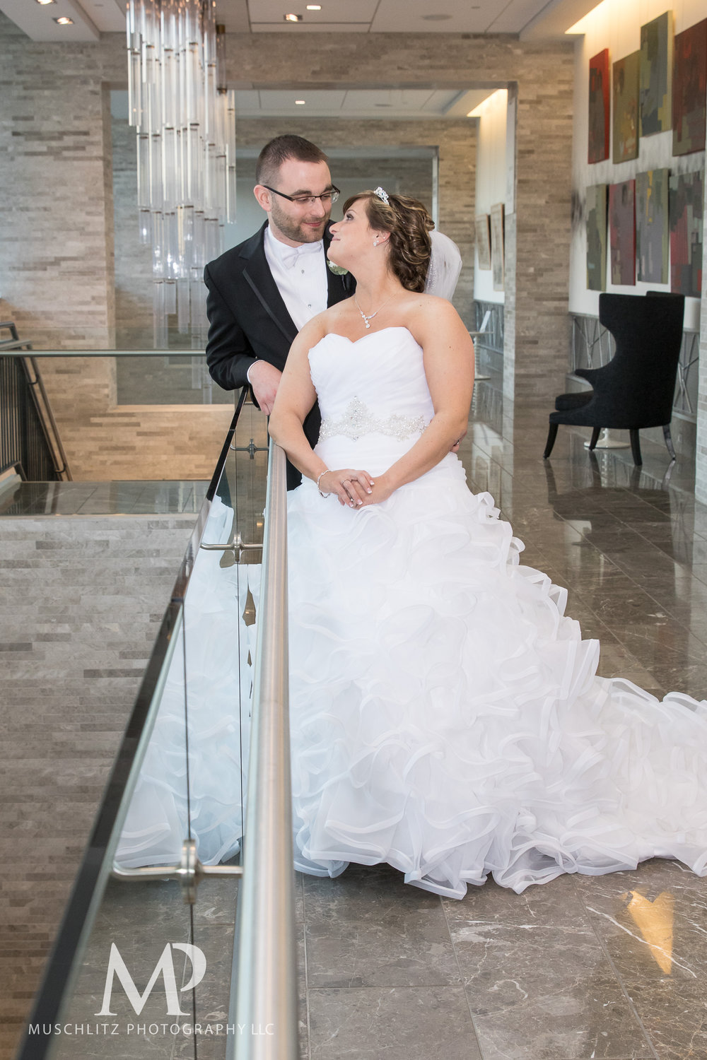 the hilton-columbus-wedding-portraits-downtown-columbus-ohio-muschlitz-photography-007.JPG