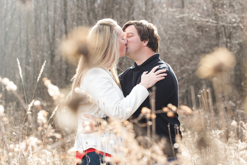 Gahanna-Columbus-Ohio-Winter-Engagement-Portrait-Photographer-Outdoors-muschlitz-photography023.JPG