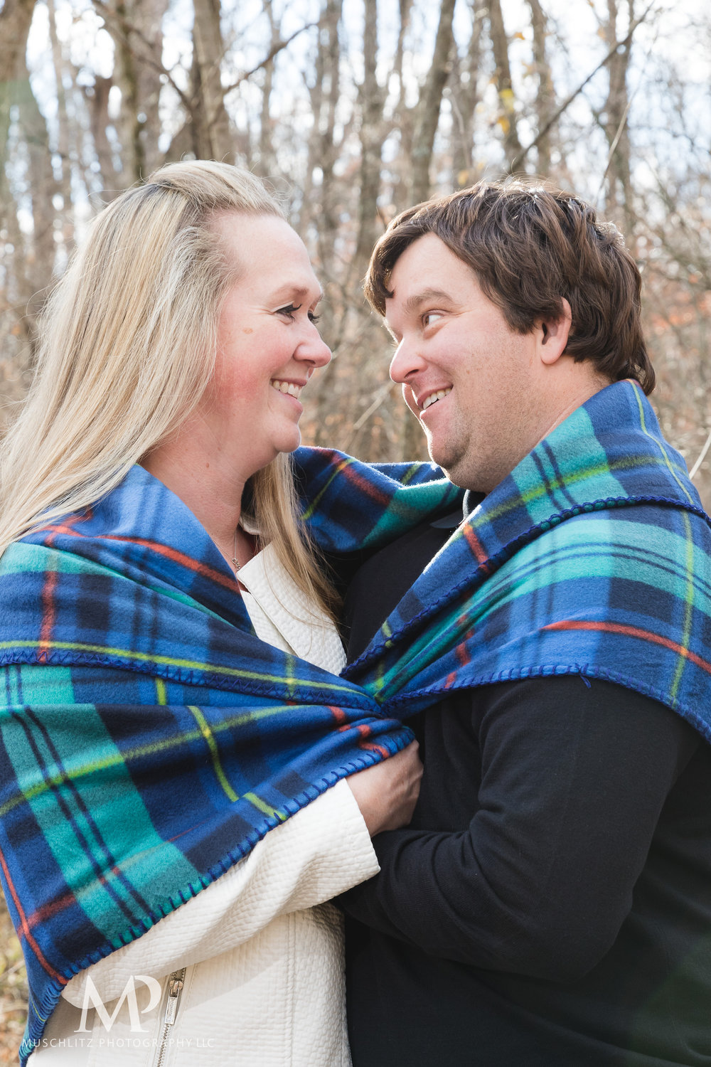 Gahanna-Columbus-Ohio-Winter-Engagement-Portrait-Photographer-Outdoors-muschlitz-photography025.JPG