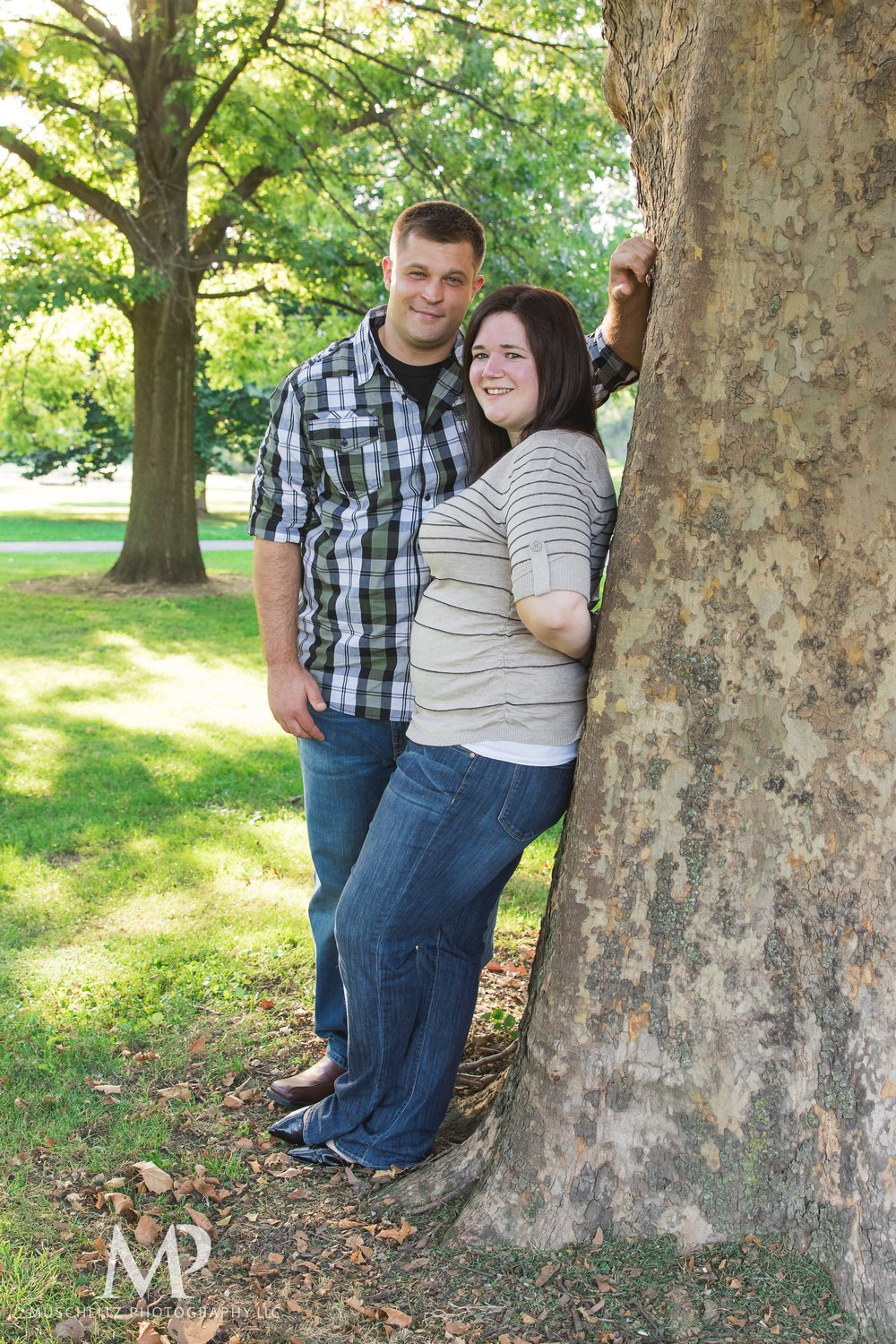 schiller-park-german-village-columbus-ohio-engagement-portrait-session-muschlitz-photography-001.JPG