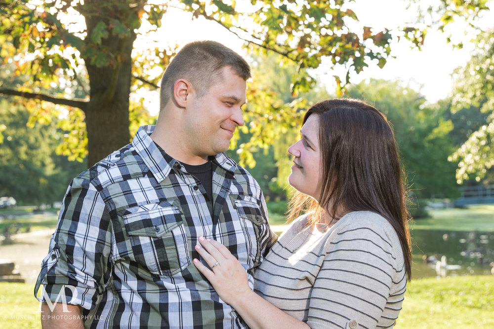 schiller-park-german-village-columbus-ohio-engagement-portrait-session-muschlitz-photography-003.JPG