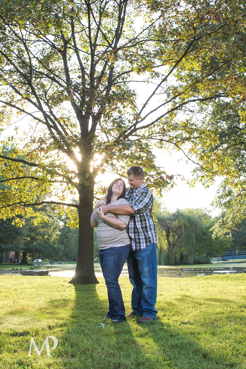 schiller-park-german-village-columbus-ohio-engagement-portrait-session-muschlitz-photography-004.JPG