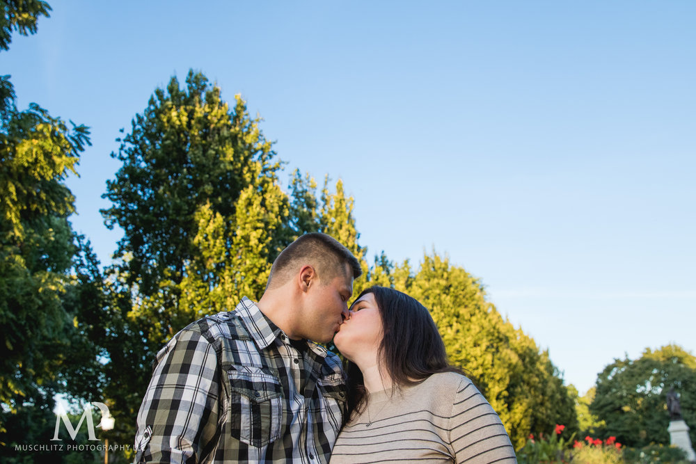 schiller-park-german-village-columbus-ohio-engagement-portrait-session-muschlitz-photography-015.JPG