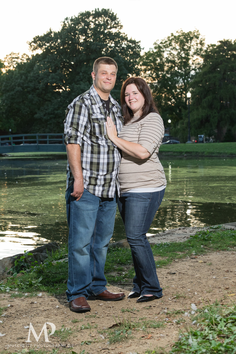 schiller-park-german-village-columbus-ohio-engagement-portrait-session-muschlitz-photography-020.JPG