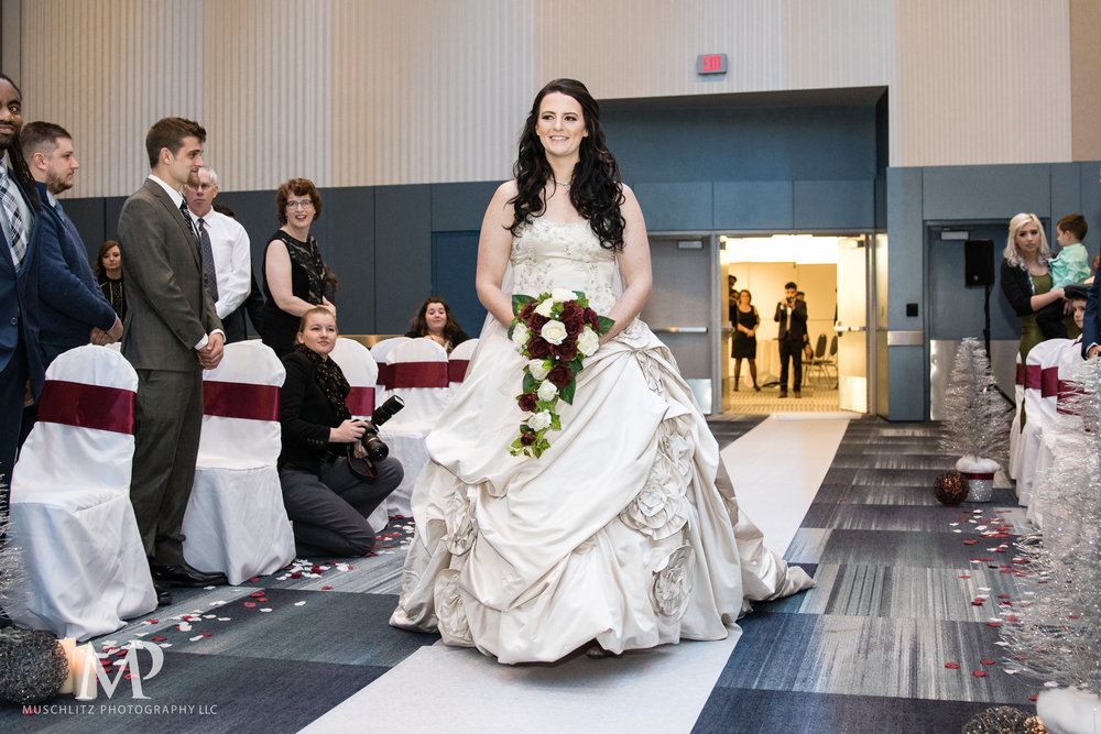 greater-columbus-convention-center-winter-wedding-ceremony-reception-portraits-columbus-ohio-muschlitz-photography-024.JPG