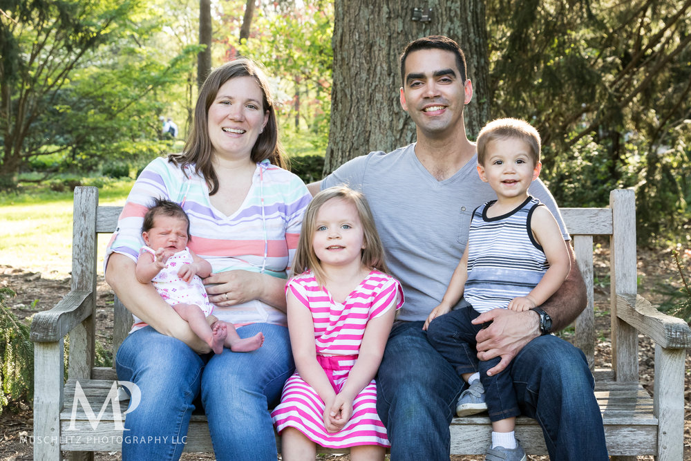 newborn-baby-family-portrait-session-spring-inniswood-metro-gardens-columbus-ohio-015.JPG
