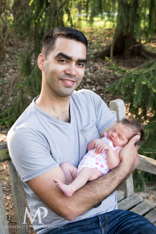 newborn-baby-family-portrait-session-spring-inniswood-metro-gardens-columbus-ohio-018.JPG