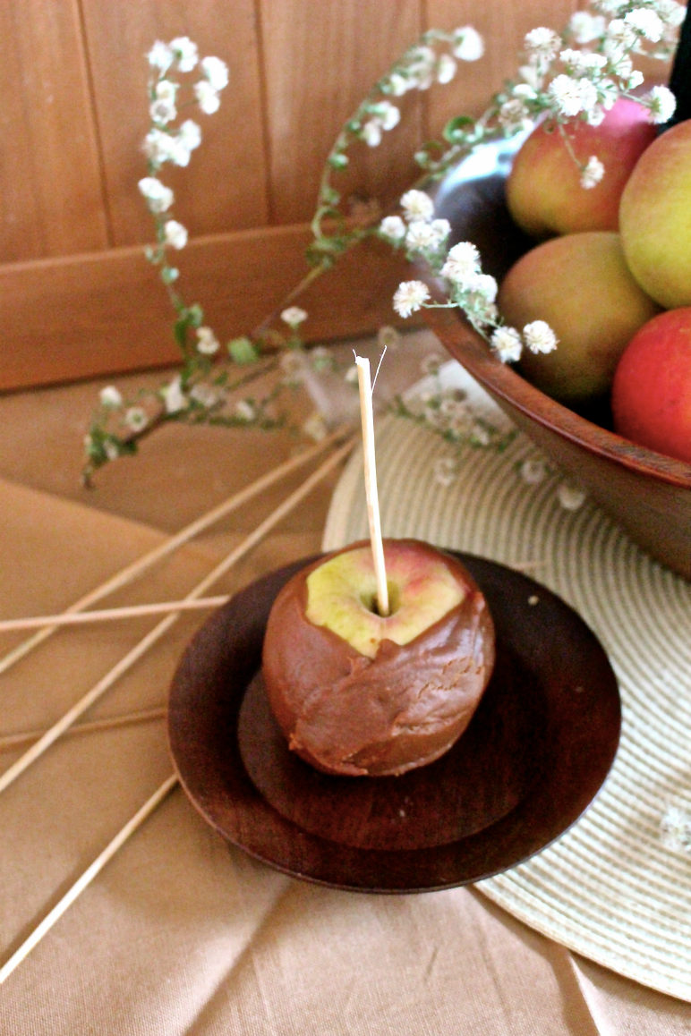 Dipped Apple3.jpg