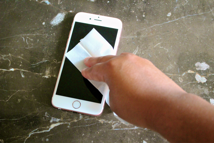 Wipe Screen Clean