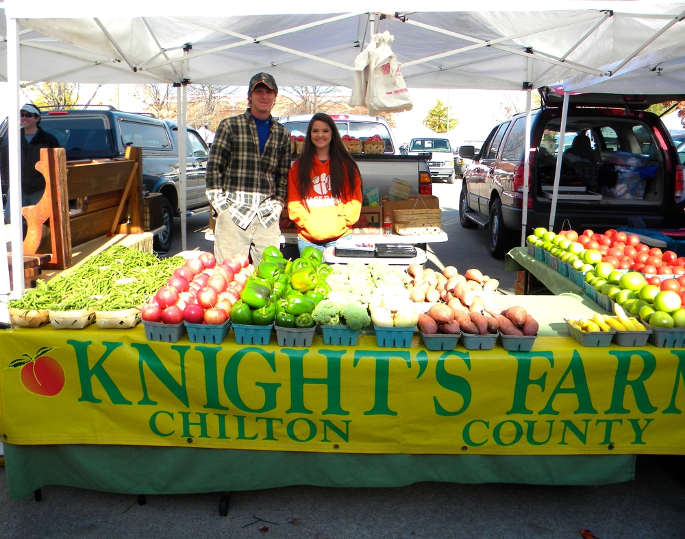 Knight's Farm Booth '11.JPG