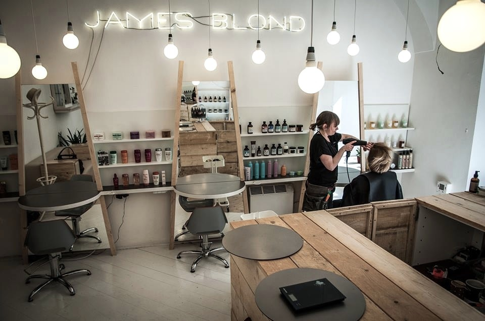 james blond_salon.jpg