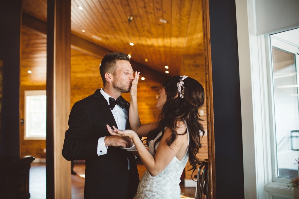 bride smashing cake