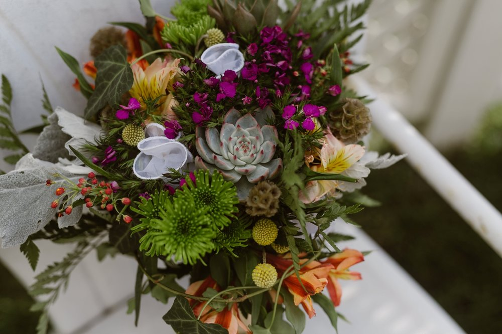 sentimental wedding bouquet