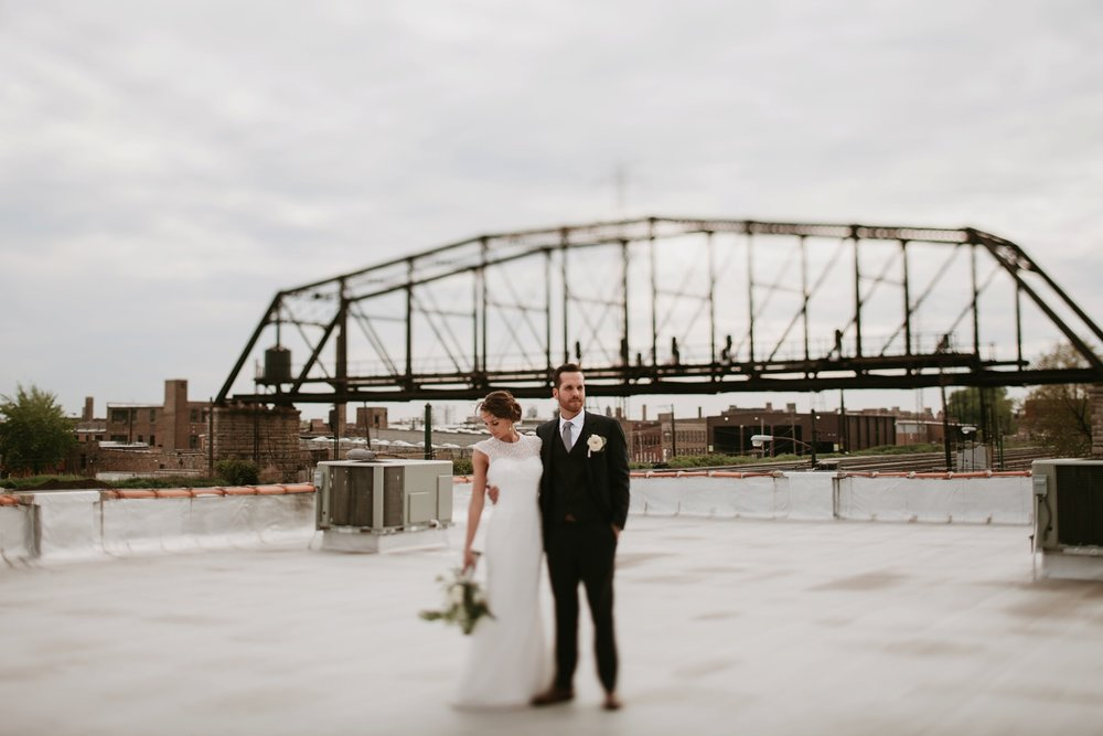 kenmare loft chicago rooftop wedding ceremony