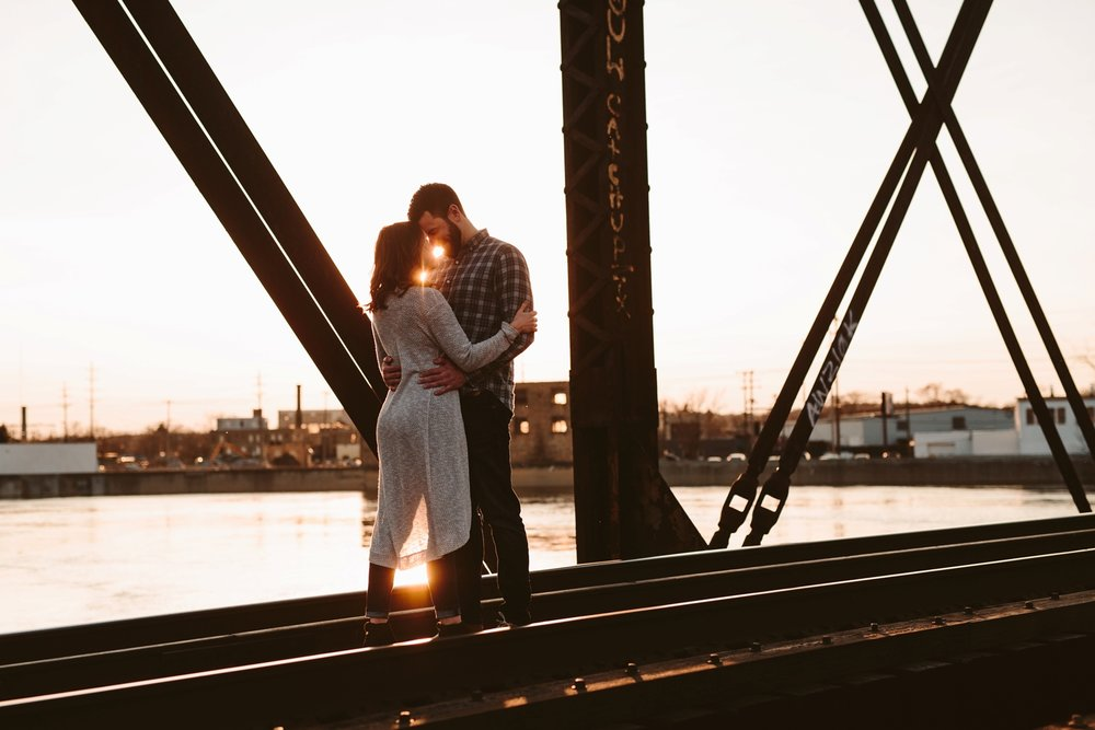 couple in downtown detroit for engagement session
