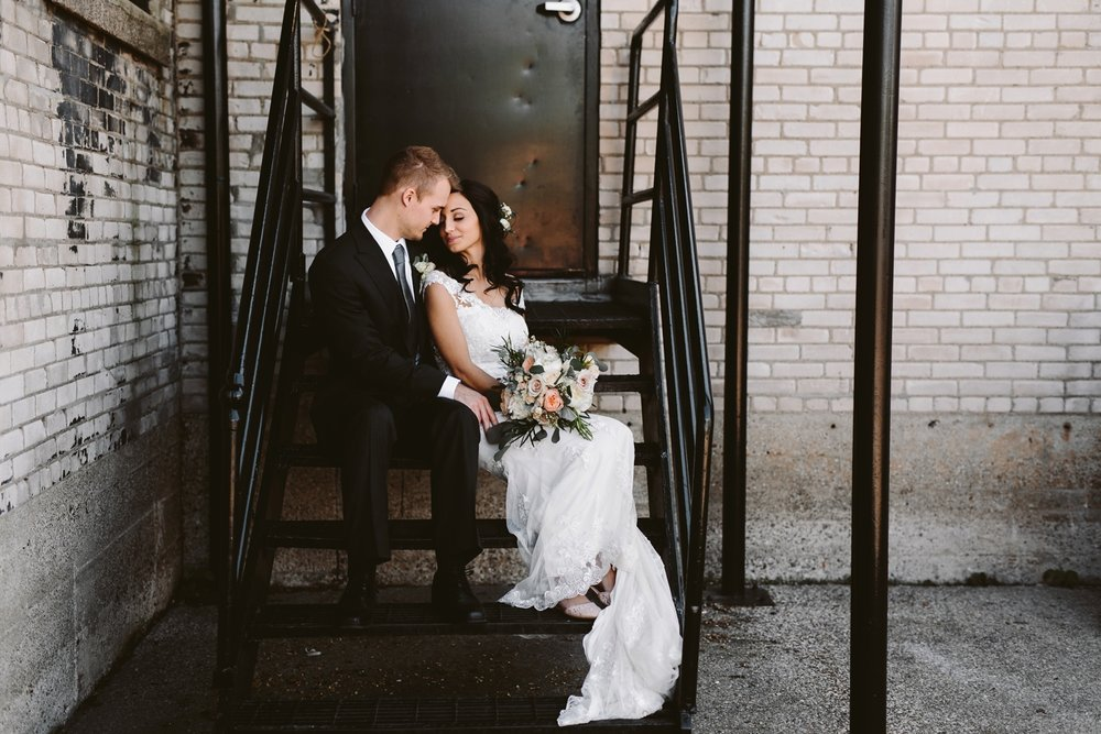 grand rapids michigan back alley wedding photos