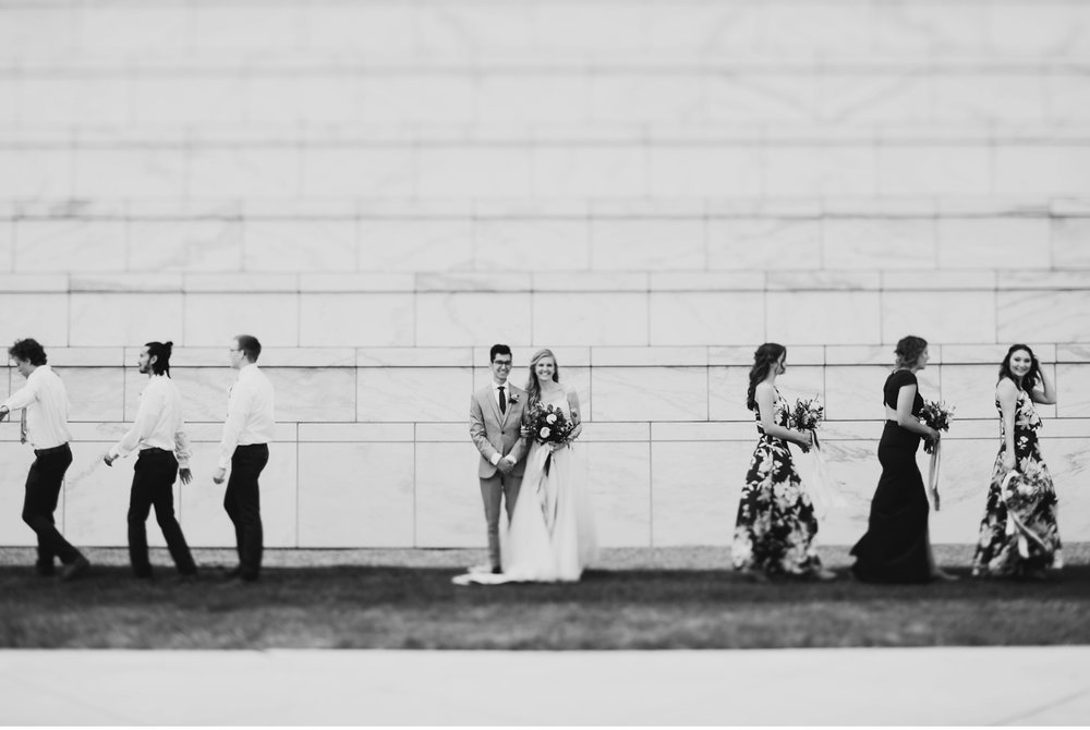 historical downtown detroit wedding