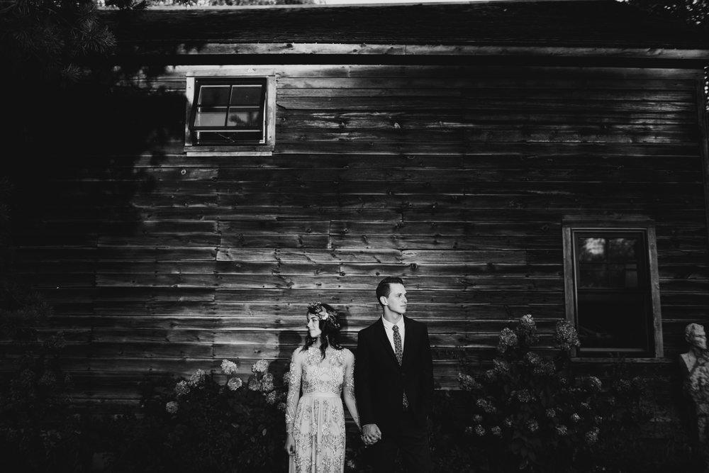 Farm at Dover Wisconsin Bohemian Outdoor Wedding © O'Malley King