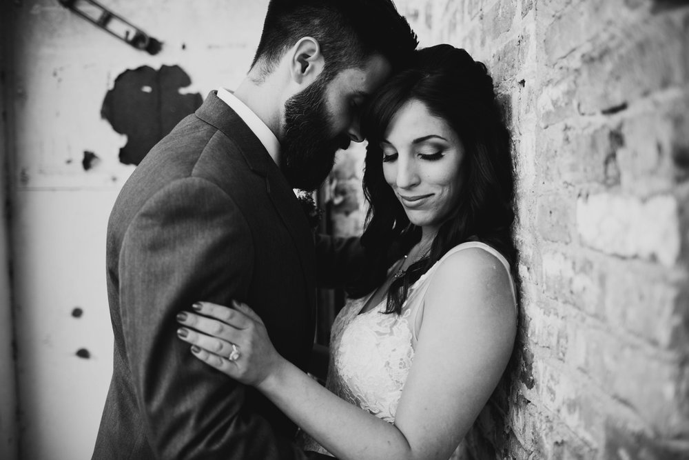 downtown chicago illinois wedding portraits