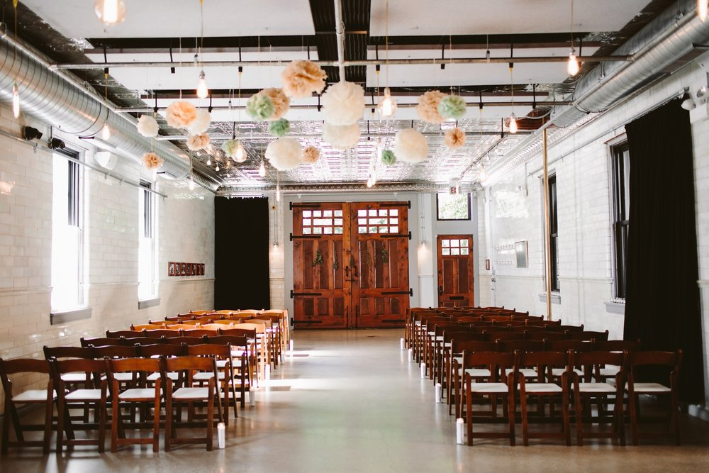 inside firehouse chicago wedding ceremony