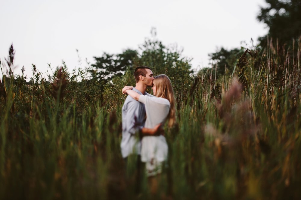 intimate holland engagement session