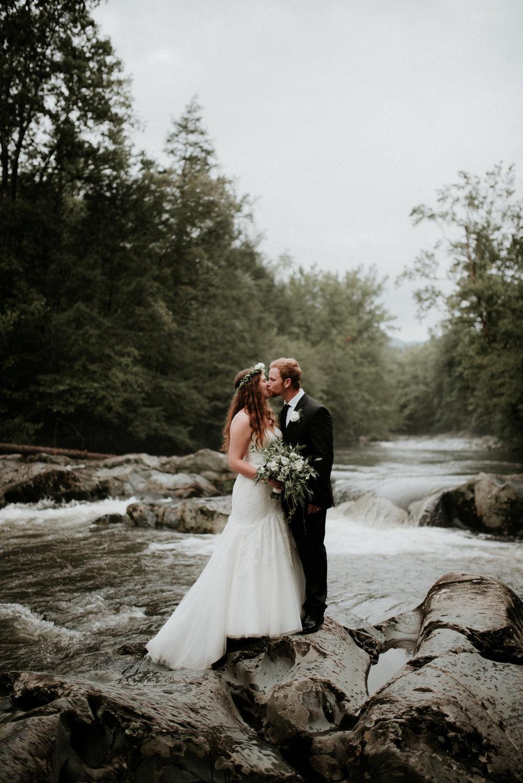 Zach&RosalieSmokyMountainWedding-2860.jpg