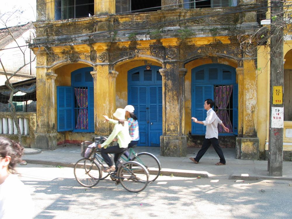 Spell of Vietnam 2003 1.JPG