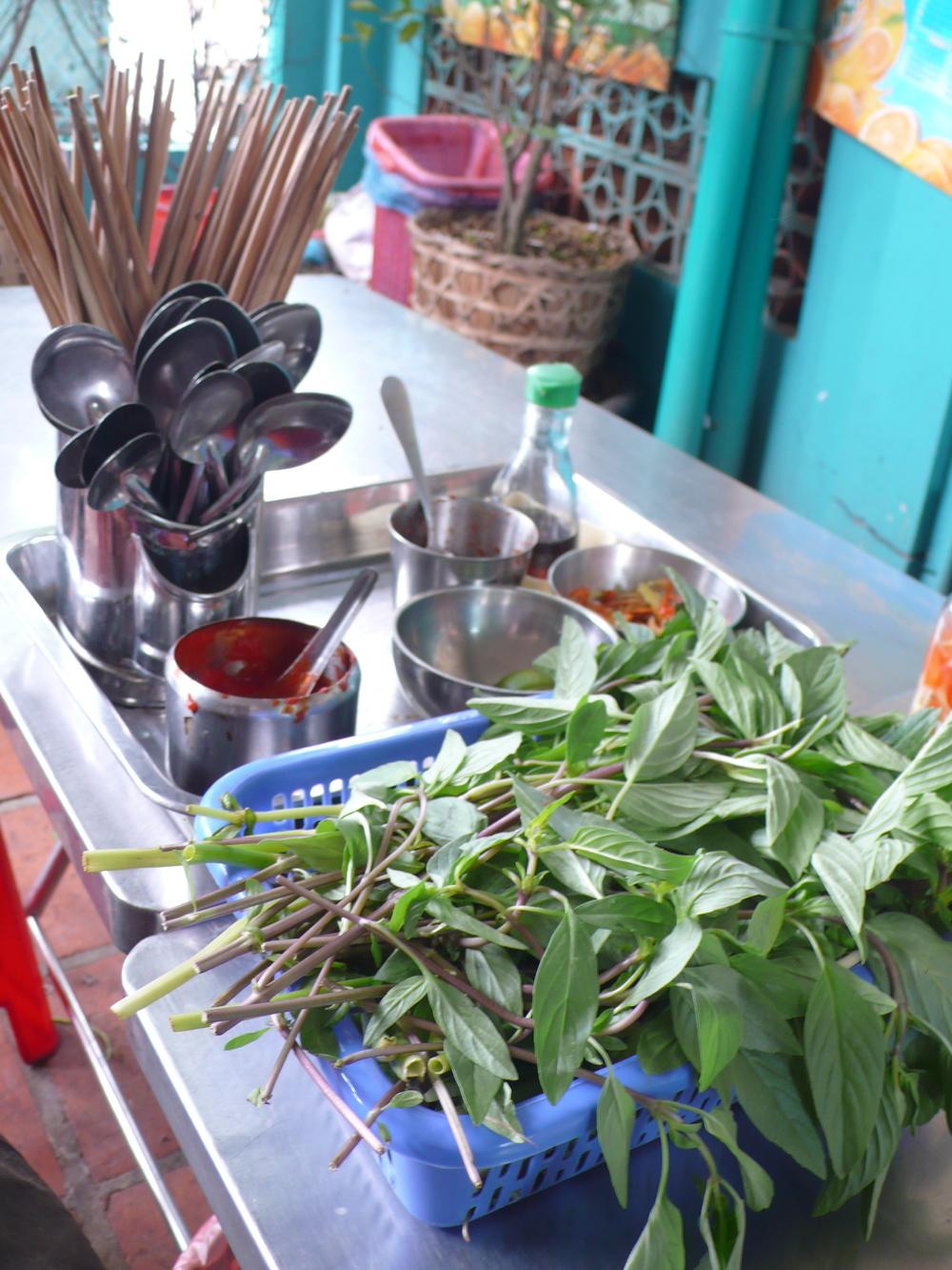 Vietnam Food 2008 2.JPG