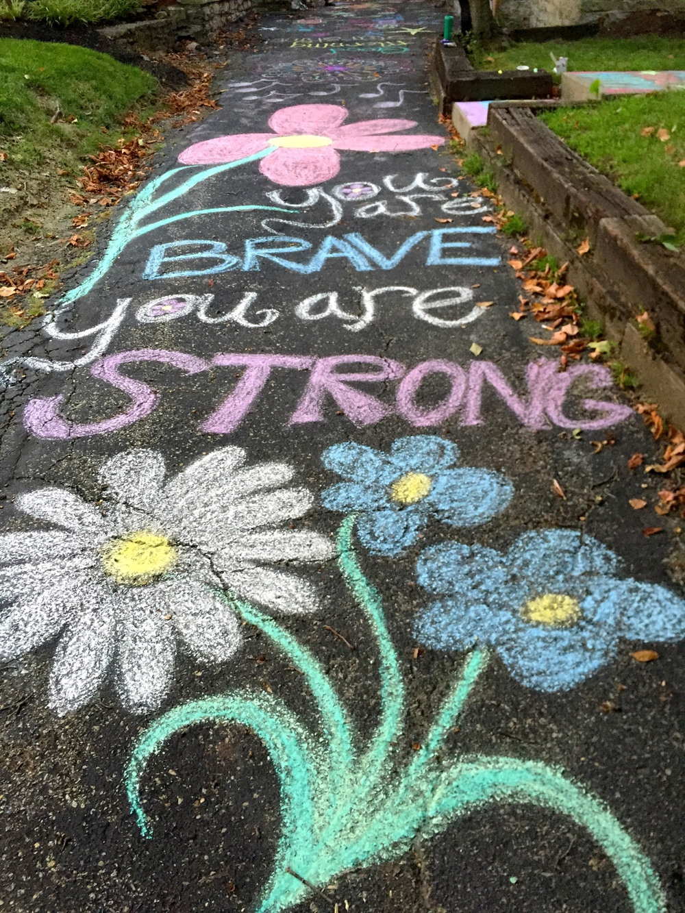 Pro-choice feminists decorated the sidewalks outside of Founder's Women's Health Center on August 29, 2015. This was the fourth time this volunteer event has taken place.