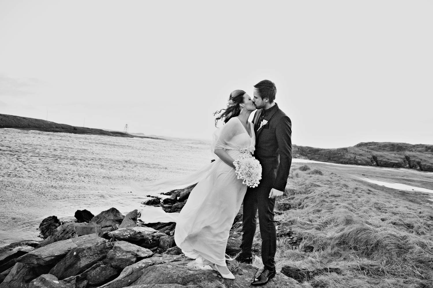 RivetsAndRoses, Norwegian Wedding, DesireeMostad, Siw og Jan Frode, Stavanger, Norge, International Wedding Photographer, North Sea, Leila Hafzi, TV2