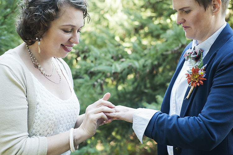 Same-Sex-Weddings-Minnesota-Rivets-and-Roses-Melissa-Hesse-2