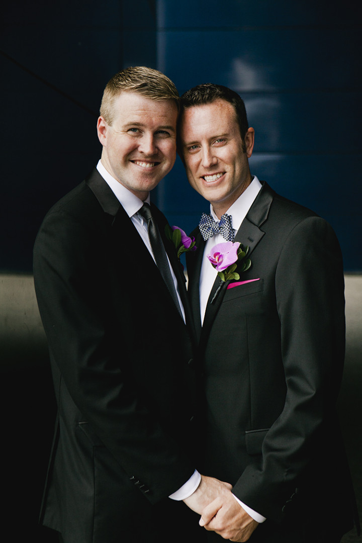 Same-Sex-Weddings-Minnesota-Rivets-and-Roses-Thea-Volk-7