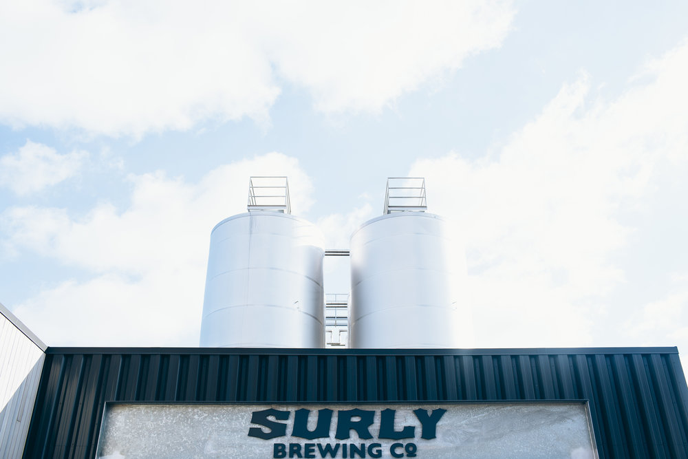 Surly Brewing Wedding Minneapolis, MN | Photography by Rivets & Roses