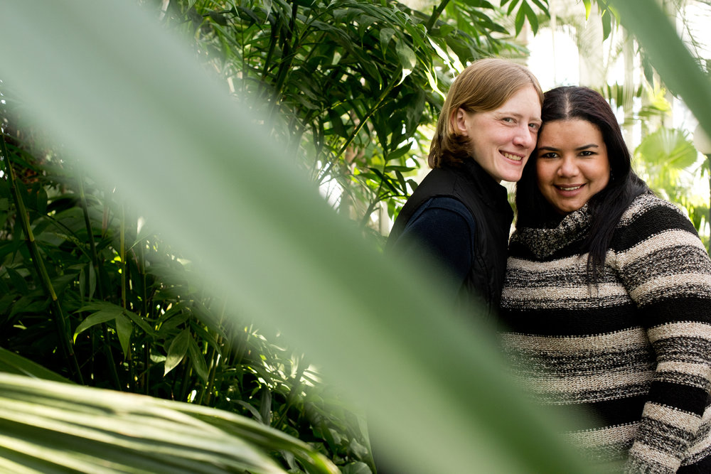 Como Conservatory St. Paul Engagement Photos | Photography by Rivets & Roses