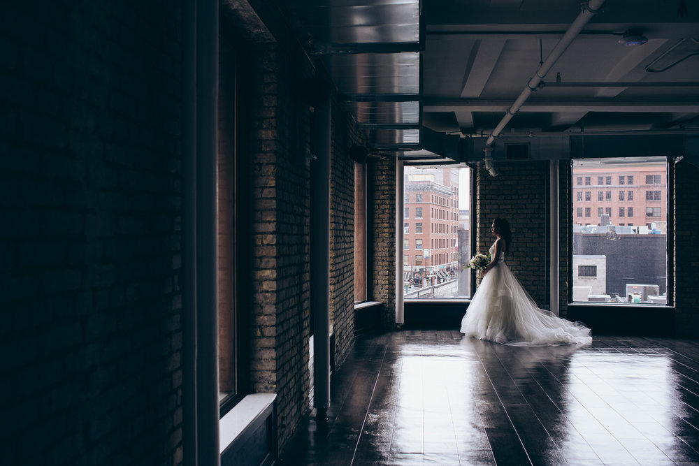Lumber Exchange Event Center Wedding, Minneapolis, MN | Photography by Jess Ekstrand | Rivets & Roses