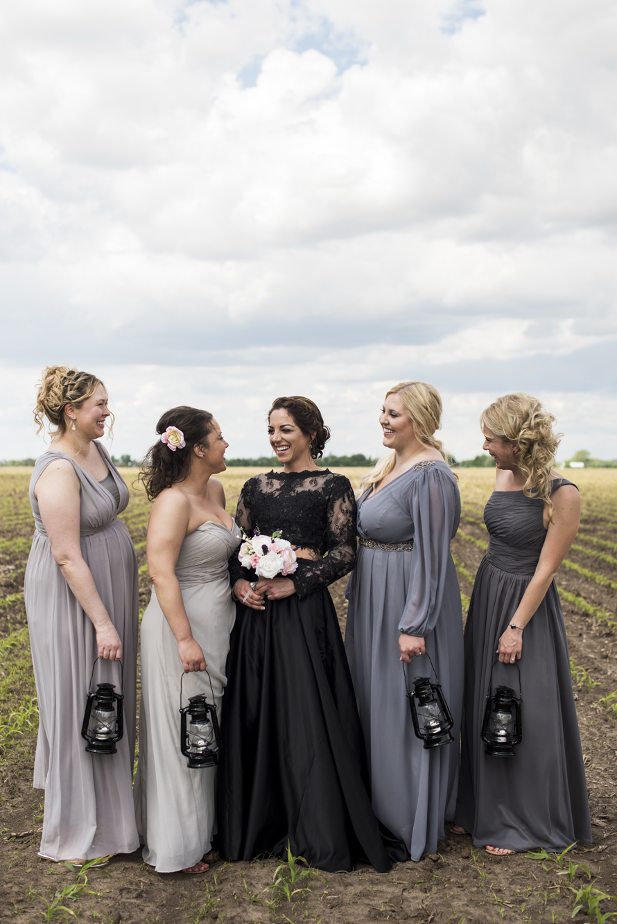 Glenhaven Event Center Wedding Farmington, MN | Photography by Melissa Hesse | Rivets & Roses
