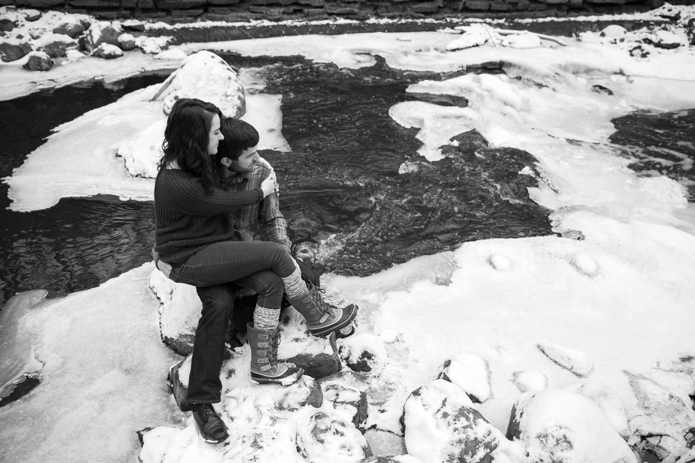 MN winter engagement session
