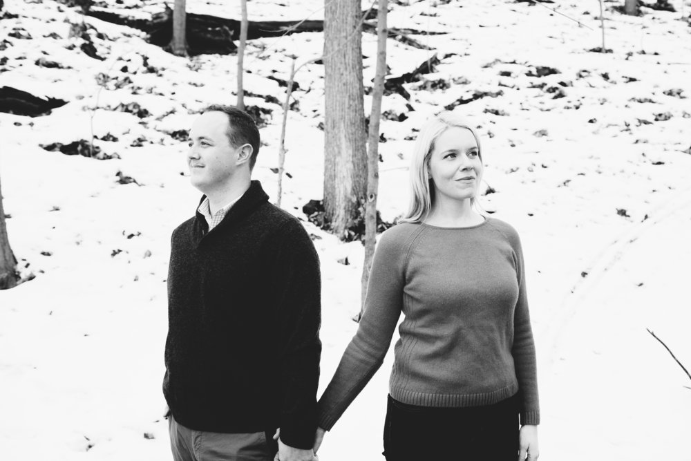 Minneapolis, MN Winter Engagement Session | Photography by Jess Ekstrand | Rivets & Roses