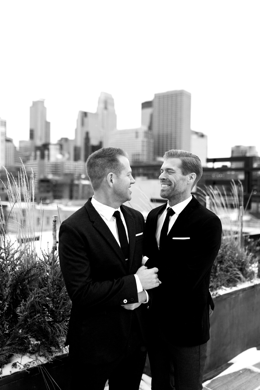 Hewing Hotel Wedding Minneapolis, MN | Photography by Nicole McCoy | Rivets & Roses
