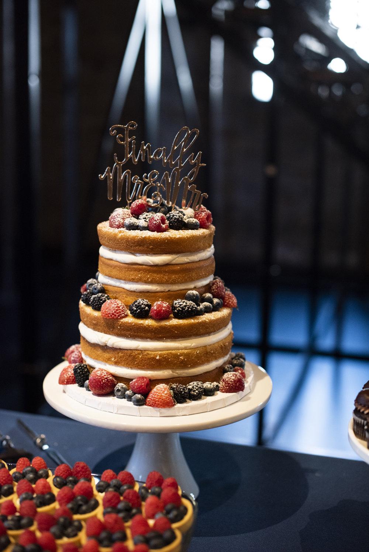 Aria Minneapolis Wedding | Photo by Melissa Hesse | Rivets & Roses