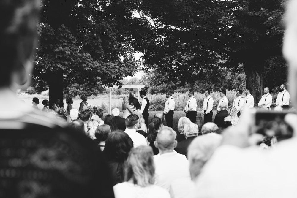 Maple Ridge Farm Wedding | Photo by Jess Ekstrand | Rivets & Roses